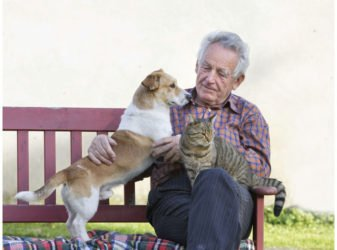 mascotas en personas de la tercera edad